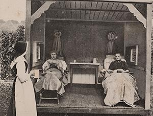 Lighal der Vrouwen, Groot Ziekengasthuis, 's Hertogenbosch (Prentbriefkaart. Brabant-Collectie, Tilburg University)